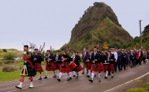 Band in front of Lion Rock 2009
