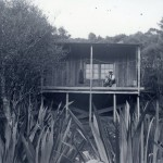 Mr Knutzen's modernist house – architectural myths born at Piha