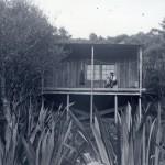 Mr Knutzen's modernist house – architectural myths born at Piha