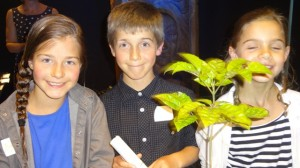 Children from Peninsula School who accepted Larry Gibson's Rata Award