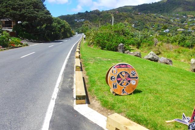 New wooden barrier at Domain entrance makes for safe walking